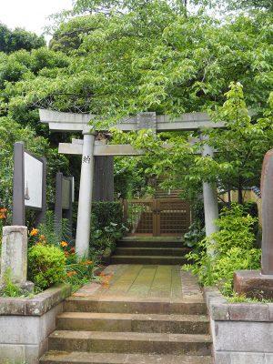 御霊神社入口